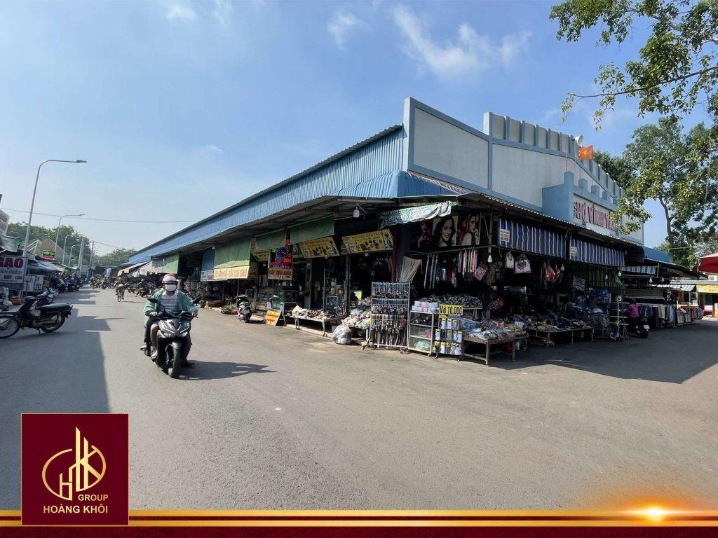 Hình ảnh: Chợ Vĩnh Tân đã trở thành khu dân cư VSIP 2A hiện hữu, sầm uất với mật độ dân số tăng nhanh đáng kể.